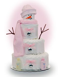 I love snowmen, what a great idea for a diaper cake.