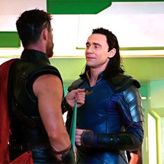 Thor & Loki BTS 2/3 <<< Look at their hands brushing !! JUST LOOK ThorKi!!!