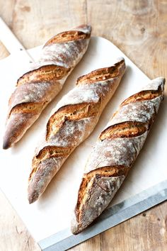 Cold raised flutes - easy recipe for flutes, Food And Drinks, Cold raised flutes - easy recipe for flutes Food Crush, Bread Bun, Artisan Bread, Different Recipes, Bread Baking, Pain, Baguette, Food Inspiration, Love Food