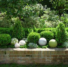 Sphères en pierre                                                                                                                                                                                 Plus