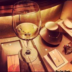 La Verema de Paseo de Gracia, degustando vinos en las tiendas de lujo