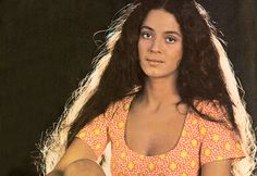 Gabriela [1975] Sonia Maria, Divas, Celebrity Photos, Muse, Icons, Long Hair Styles, Woman, History, Tv