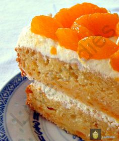 Mandarin or Pineapple Fresh Cream Cake Truly refreshing and bursting with flavour! Baking Recipes, Cake Recipes, Dessert Recipes, Dessert Dishes, Baking Desserts, Cake Baking, Just Desserts, Delicious Desserts, Yummy Food