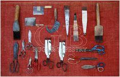 attrezzi per il restauro dei tappeti