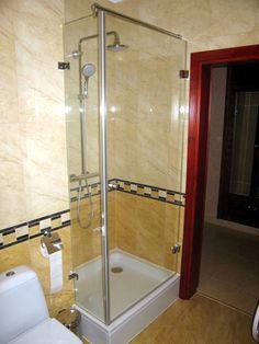 DUBIEL GLASS Kraków – kabiny prysznicowe | realizacje www.dubielglass.pl Bathtub, Bathroom, Glass, Standing Bath, Washroom, Bathtubs, Drinkware, Bath Tube, Full Bath
