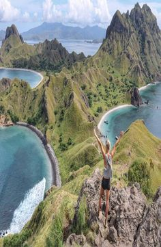 Padar Island is a small Indonesian island between the islands Rinca and Komodo, and is a part of the Komodo National Park. Komodo National Park, National Parks, Cheap Web Hosting, Ecommerce Hosting, Backpacking, Places To See, Adventure, Water, Islands