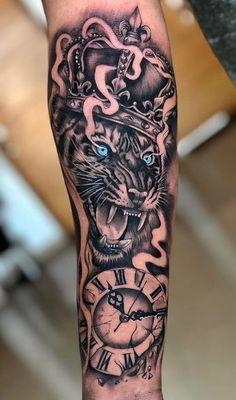 Hand Tattoos, Tattoos Masculinas, Forarm Tattoos, Cool Forearm Tattoos, Badass Tattoos, Body Art Tattoos, Tattoos For Guys, Tiger Tattoo Sleeve, Lion Tattoo Sleeves