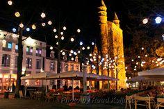Maastricht:OLV plein | Straatfotografie foto van ruudkeijmis | Zoom.nl