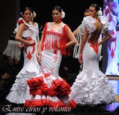 Blanco y rojo en los #trajesdeflamenca de Cañavate. Colección de 2014.