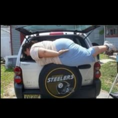 Epic Planking: picture brought to you by evil milk funny pics. Image related to Epic Planking I Love To Laugh, Make Me Smile, People Failing, Are You Serious, Planking, Funny Photos, Bad Photos, Funny Images, I Laughed