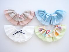 フリルスタイの作り方~3タイプアレンジ~: うろこのあれこれハンドメイド Ruffle Diaper Covers, Macrame Wall Hanging Diy, Dog Dresses, Handmade Baby, Pet Accessories, Baby Sewing, Baby Bibs, Sewing Projects, Pattern