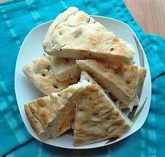 italska-focaccia Gluten, Invite, Food, Table, Diet, Essen, Tables, Meals, Desk