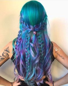 87 unique ombre hair color ideas to rock in 2018 - Hairstyles Trends Perfect Hair Color, Hair Color And Cut, Ombre Hair Color, Hair Colors, Teal And Purple Hair, Green Hair, Pulp Riot Hair Color, Ombré Hair, Mermaid Hair