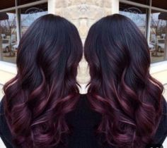 Hmmmm what color of burgundy or red is this. For my hair. Are you looking for hair color highlights and lowlights for brunettes blonde caramel? See our collection full of hair color highlights and lowlights for brunettes blonde caramel and get inspir Hair Color Highlights, Hair Color Balayage, Burgundy Balayage, Burgundy Highlights, Ombre Burgundy, Peekaboo Highlights, Carmel Balayage, Black And Burgundy Hair, Deep Purple Hair
