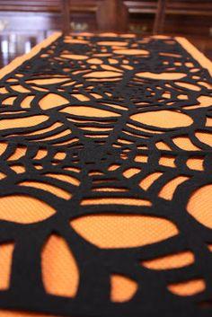 Spider Web Table Runner - Crafty CupboardCrafty Cupboard