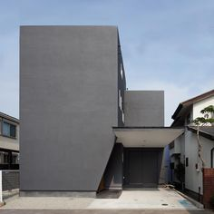 Design MilkさんはInstagramを利用しています:「This monolith-looking #house is located in Kanagawa, Japan, and designed by LEVEL Architects. If you love #minimalism, you will love taking…」