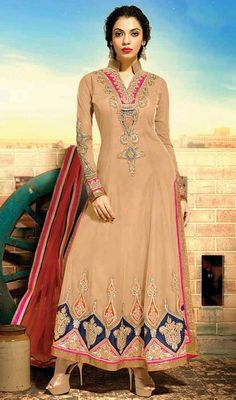 Give yourself an extravagant look clad in this beige color embroidered Anarkali churidar suit. The stunning lace, stones and resham work a considerable element of this attire. #anarkalidresses #anarkalisuits #longanklelengthanarkali