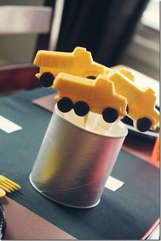 Love this idea for a holder . . . formula can!