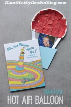 """Dr Seuss Oh, The Places You'll Go - Paper Plate Hot Air Balloon {Kid Craft} could be done without picture. Just a glueing experience and add a strip of paper like a ribbon that says """"oh the places you'll go"""". Dr Seuss Art, Dr Seuss Crafts, Dr Seuss Week, Dr Suess, Preschool Projects, Projects For Kids, Crafts For Kids, Preschool Ideas, Preschool Books"""