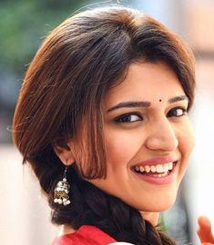 Beautiful Bollywood Actress, Beautiful Indian Actress, Oily Face, Tamil Actress Photos, Beautiful Long Hair, Beautiful Women, Girl With Curves, South Indian Actress, India Beauty
