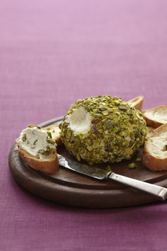 Goat Cheese-Pistachio Ball #thanksgiving #sides #holidays
