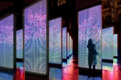 Digital Park - KAREN CHIU. Digital park is a collaboration work within five weeks to develop a concept for creating a urban city space. The touch panel changes its color by temperature and sound