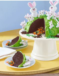 This Easter Cake Comes With a Fun Surprise - GoodHousekeeping.com