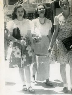 Girlfriends, 1944  Shopping w/ your bffs...