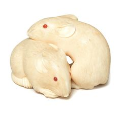 An ivory netsuke of two rats By Kaigyokusai Masatsugu (1813-1892), Osaka, mid 19th century;  sold 35,598USD;  08/11/16.