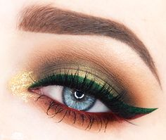 Instagram Make-up Diary 4 Colored Liner Christmas Look via beautycloud.nl
