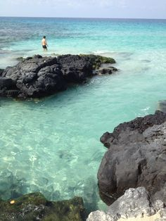 Kua Bay has crystal clear water with white sand and deep tide pools. Close to a parking area and only a few minutes outside of Kona