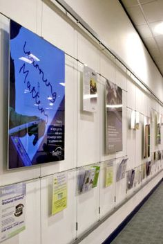 poster display system Exhibition Stand Design, Exhibition Display, Office Artwork, Office Walls, Office Decor, Signage Display, Poster Display, Gallery Wall Frames, Frames On Wall