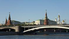 Bolshoy Kamennii Most, Big Stone Bridge, is big indeed. Chapter 35
