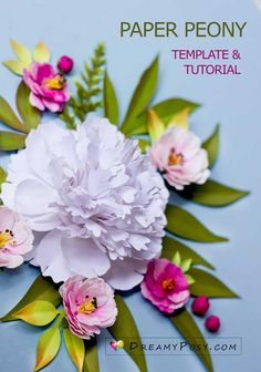 Paper Peonies, Crepe Paper Flowers, Printer Paper, Flower Tutorial, Silhouette Projects, Flower Making, Paper Crafts, Gift Wrapping, Tutorials