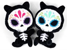 27+ Adorable Free Sewing Patterns for Stuffies, Plushies, Stuffed Animals and Other Felt and Fabric Toys- Sugar Skull Kitties Plush Pattern from Choly Knight