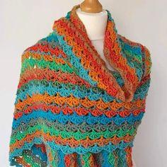One Skein Crochet Shawl Copper Beech - Free Pattern - Annie Design Crochet One Skein Crochet, Crochet Shawl Free, Crochet Motifs, Basic Crochet Stitches, Crochet Basics, Crochet Blanket Patterns, Double Crochet, Crochet Baby, Crochet Wraps