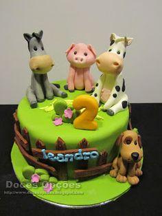 Doces Opções: Os animais da quinta do Leandro Birthday Cake, Desserts, Food, Design, Anniversary Cakes, Decorating Cakes, Sweet Pastries, Animales, Agriculture