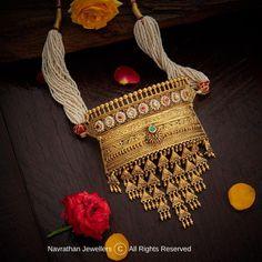 Pearl Necklace Designs, Jewelry Design Earrings, Gold Jewellery Design, Diamond Jewellery, Gold Jewelry, Payal Designs Silver, Rajput Jewellery, Rajasthani Bride, Rajasthani Dress