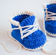 Ravelry: Crochet baby Booties Little Runners pattern by Croby Patterns