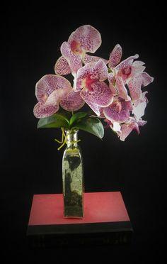 Faux Silk Floral Arrangement Artificial flowers Orchids for Home Decor and Silk Centerpiece