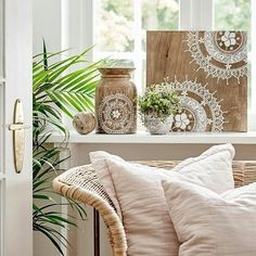 We are very excited about our new SS17-collection, especially the wood styles with mandalas pattern made by @mahina_malu1 ♡ #cozyroom #cozyroombysikadesign #spring #summer #news #mandala #inspiration #interior #boheme #living