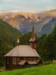 Tatranská Javorina, Slovakia photo Jozef Pitoňák