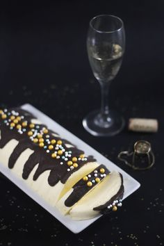 Sprinkle Bakes: Champagne Mousse
