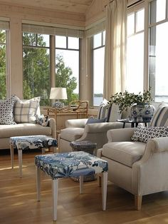 Love Sarah Richardson,Living Room | Sarah Richardson Design Beautiful design, maybe some ideas for our next project! :)