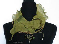 sciarpa,stola,collana maxi,scalda collo,cotone,verde oliva,perle vintage,stoffa…