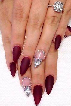 Matte nail art.