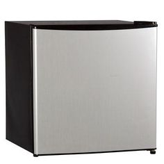 1.6CF Compact Refrigerator SS - Midea - WHS65LSS1 - Humble Brothers