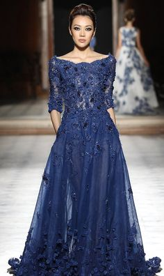 2016 Color Crush! 25 Absolutely Stunning Royal Blue Dresses!