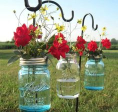 Via FB - Hanging mason jars can be easily made and hung on garden sheppard hooks. Would look great with fresh flowers near your patio, adding sand and candles or a small plant.