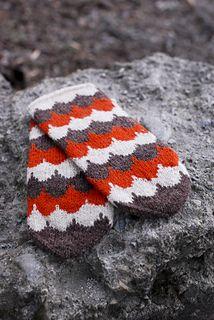 Ravelry: Vega pattern by Clara Falk Ravelry, Knitted Hats, Winter Hats, Knitting, Pattern, Book, Fingerless Gloves, Tricot, Gloves